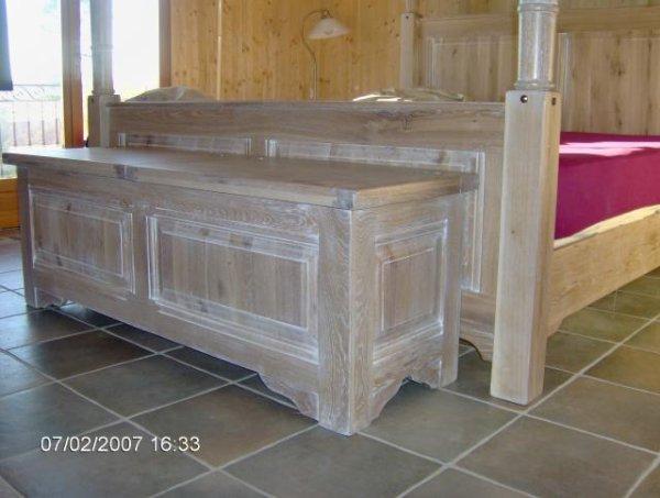 coffre et commode fabrication special en ceruse aux. Black Bedroom Furniture Sets. Home Design Ideas